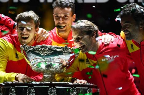 Rafael Nadal le da la sexta Copa Davis a España