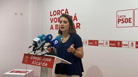 El PSOE exige al Gobierno Regional que cumpla su palabra e instale las zonas de sombra prometidas en colegios públicos de Lorca