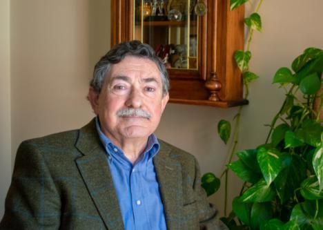 José Miguel Gil Ortiz presenta: 'Quarks y Multiverso', una obra capaz de responder las preguntas más inciertas en el ámbito de la cosmología