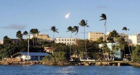 Una enorme bola de fuego recorre el cielo de la isla de Puerto Rico