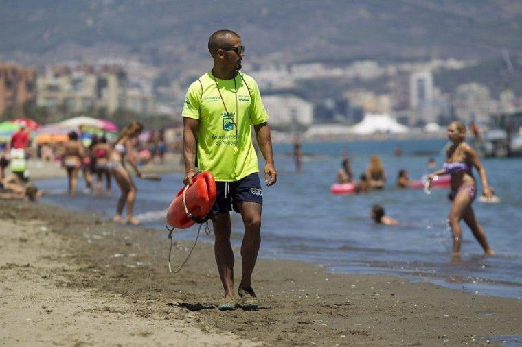 CSIF denuncia que la Junta se salta a los sindicatos para contratar a los 3.000 auxiliares de control de playas
