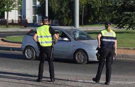 Andalucía ordena el cierre perimetral de las provincias y solicita al Gobierno adelantar el toque de queda a las ocho de la tarde