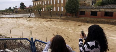 El temporal se cobra un muerto y dos desaparecidos en Cataluña