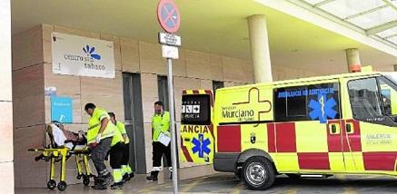 """Francisco Lucas: """"Es una absoluta vergüenza la falta de escrúpulos y el derroche de dinero público del Gobierno en el contrato de las ambulancias"""""""