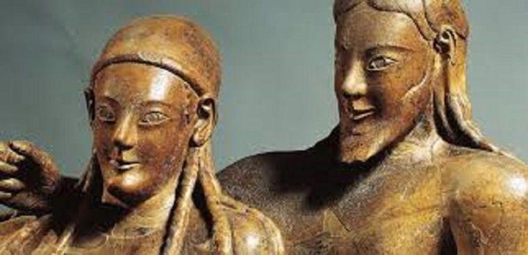 Sonrisa etrusca