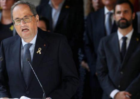 Los independentistas llevan la autodeterminación de Cataluña al Parlament desoyendo al Constitucional