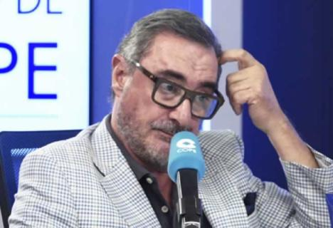 """Carlos Herrera recula tras el rechazo mostrado por los andaluces en las redes y desmiente la información:""""A mí no se ha dirigido nadie de Canal Sur"""
