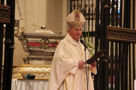 Moseñor Lorca Planes, el insolidario obispo de Cartagena, otro que también ha recibido la vacuna contra el COVID-19 dejando a una persona de riesgo sin su dosis