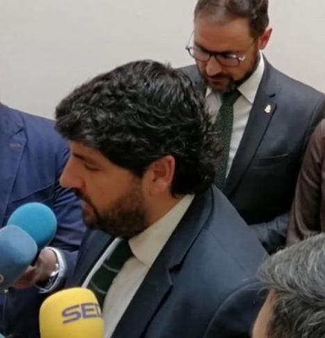 La Comunidad murciana ordena el cierre de todos los comercios a toda la Región