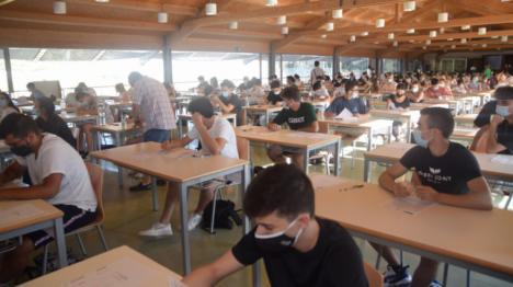 """CSIF aboga por """"escuelas de campaña"""" usando espacios municipales si es necesario para cumplir la distancia social"""