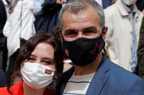 Toni Cantó y Agustín Conde, dos de los candidatos de Ayuso se empadronaron después del 1 de enero y no figuran en el censo