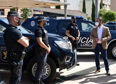El Ayuntamiento de Lorca presenta la renovación de parte de la flota de coches de Policía Local para dotarles de mejores medios y herramientas con los que poder desarrollar su labor