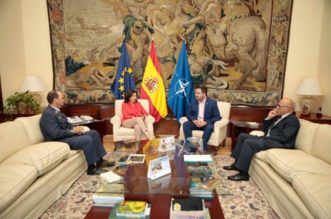 Defensa y el Ayuntamiento de Los Alcázares firman un convenio para promover la Cultura de la Defensa