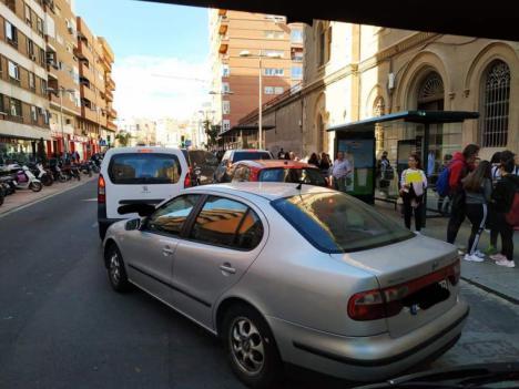CSIF de Almería denuncia al Ayuntamiento por incumplir la Ley de Seguridad Vial al no solucionar el colapso de determinadas paradas de bus de la capital