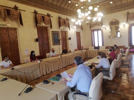 Las medidas frente a la COVID-19 y la situación de los procesos selectivos, principales preocupaciones de las plantillas de la Administración autonómica en la provincia de Almería