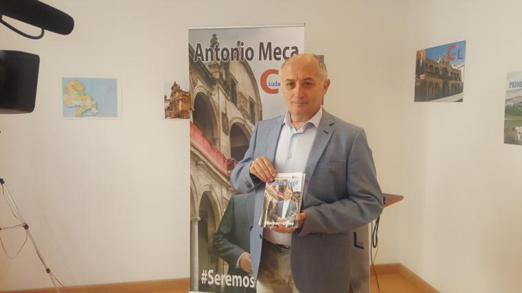 Antonio Meca presenta el programa electoral con el que concurre a las elecciones municipales con el partido independiente Ciudalor.