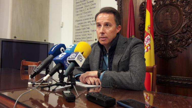Fulgencio Gil exige que se convoque antes de final de año la Plataforma pro Soterramiento para denunciar los incumplimientos del Ministerio de Fomento