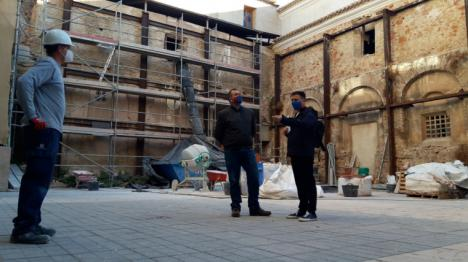 Una inversión de 750.000€ del gobierno del PP permite avanzar en la recuperación del claustro de la iglesia del Carmen de Lorca para acoger el Museo del Vía Crucis