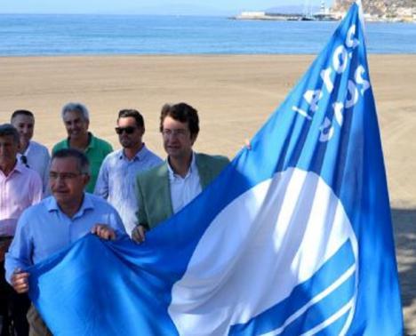 Águilas vuelve a convertirse en el municipio de la Región con mayor número de banderas azules