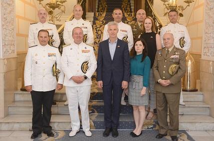 El Viceprimer Ministro y Ministro de la República de Letonia visita Unidades de la Armada en Cartagena