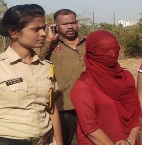 Una mujer le corta los genitales cuando intentaba violarla