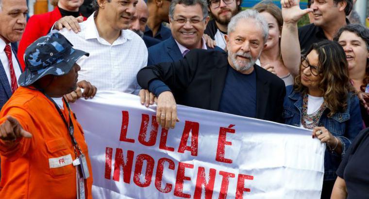 Lula de Silva sale de la cárcel