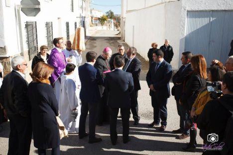Francisco Torrecillas con el obispo de Almería durante la inauguración del  nuevo ayuntamiento