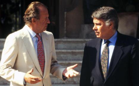 Maldita hemeroteca: Felipe González fue el primero en blanquear la imagen de don Juan Carlos: