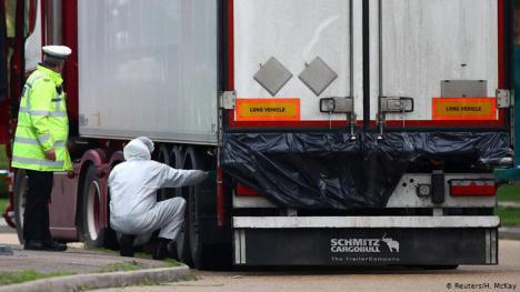 Las 39 personas halladas muertas en un camión en Reino Unido eran de nacionalidad china