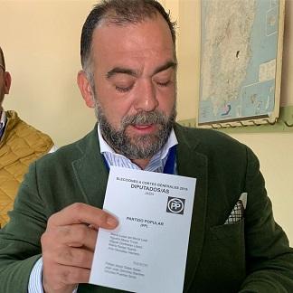 Las redes sociales se vuelcan con la alcadesa Toni Olivares y estallan contra el presidente del PP de Úbeda