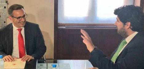 Diego Conesa exige a López Miras que cumpla ya el mandato de la Asamblea para recuperar la educación presencial y reforzar la atención primaria