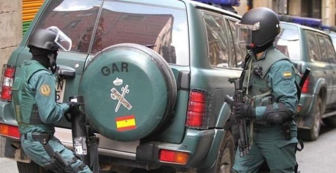 Cuarenta invitados a una primera comunión agreden a nueve guardias civiles en Algeciras