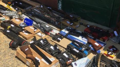 Detenido en Dos Hermanas un hombre perteneciente a un grupo que se dedicaba al tráfico ilícito de armas