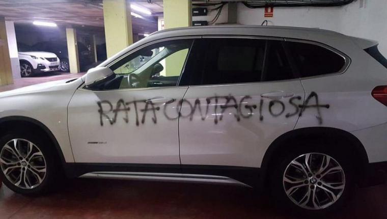 El autor que pintó en el coche de una ginecóloga de Barcelona 'rata contagiosa' ha sido identificado