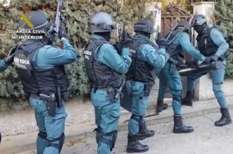 En una operación conjunta de la Guardia Civil y la Policía con policías europeas se desarticula una red internacional que explotaba sexualmente a mujeres captadas en Rumanía