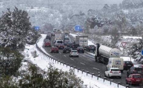 En alerta 38 provincias por Nieve, lluvia, viento y fuerte oleaje
