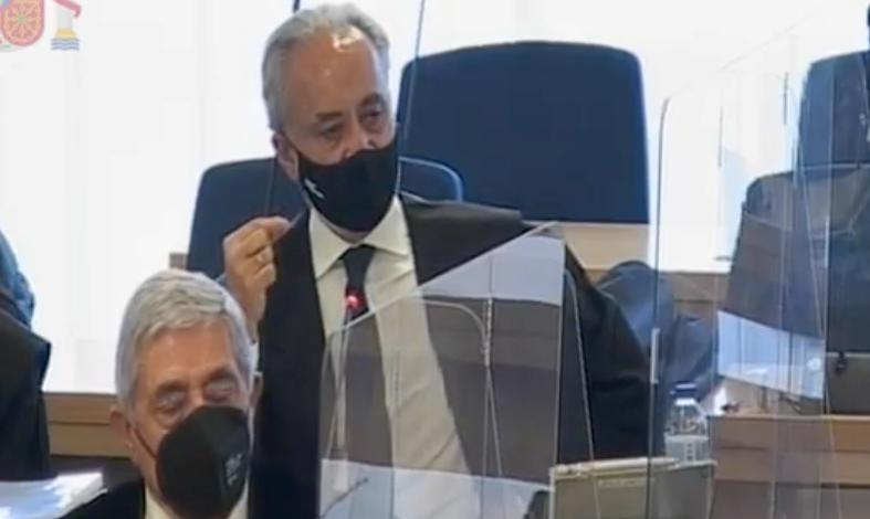 Jesús Santos, el abogado del PP confiesa ahora a la SER que informó a su partido sobre las reuniones que había mantenido con el enviado de Bárcenas