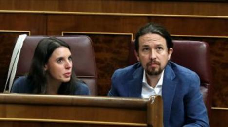 Iglesias no quiere saber nada de las 300 medidas propuestas por Sánchez, quiere sillones