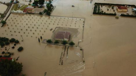 Fulgencio Gil subraya la utilidad de la Mesa de Trabajo contra las inundaciones en Campillo e insiste en la construcción del Canal del Saladar como actuación urgente