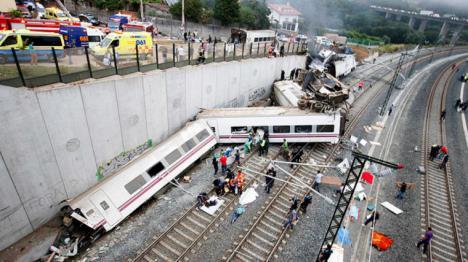 Obligado a dimitir el director de Seguridad de Renfe por el accidente de tren de Angrois