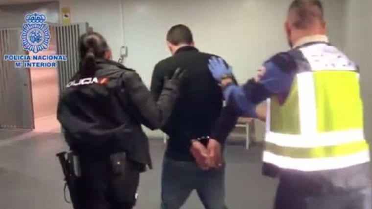 La policía encuentra el cuerpo de una mujer descuartizada en Alcalá de Henares