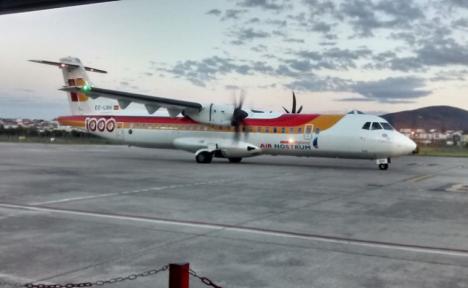Un rayo impacta en un avión y obliga a cancelar un vuelo entre Menorca y Mallorca