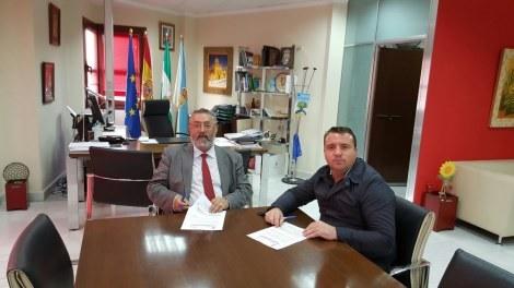 Diego Clemente se reunió con Francisco Torrecillas, sin comunicarselo al presidente de Ciudadanos en Albox, para ofrecerle ser cabeza de lista.
