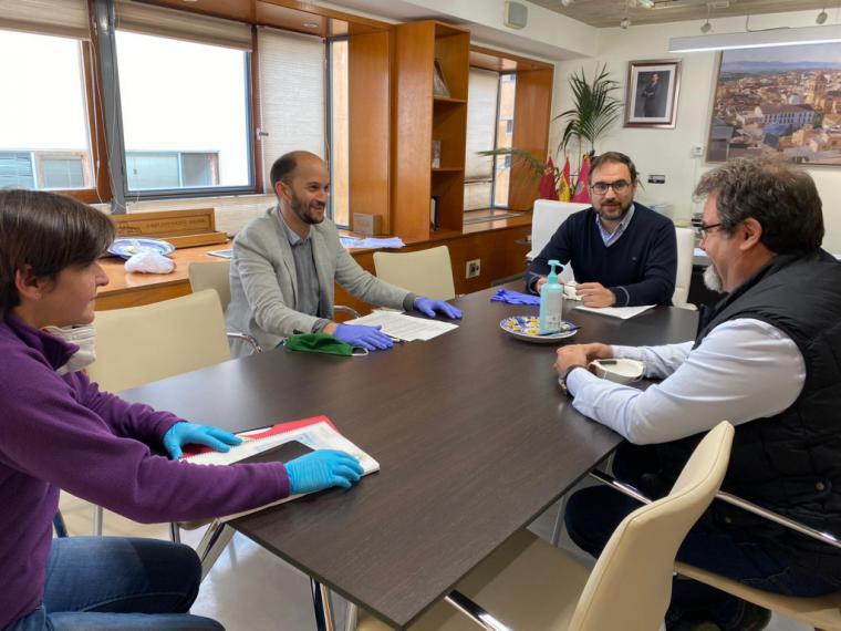 La cuenta solidaria puesta en marcha por el Ayuntamiento de Lorca ha recibido ya 51.490 euros gracias a las aportaciones de particulares, asociaciones y empresas