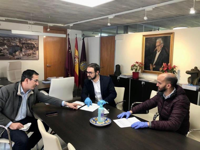 La cuenta solidaria puesta en marcha por el equipo de gobierno de Lorca ha recibido 36.165 euros para la compra de material sanitario, equipos de protección y alimentos para personas en situación de vulnerabilidad