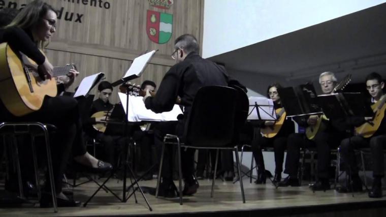 El laúd, la bandurria o la mandola, instrumentos para conocer la música Plectro de la mano dede la Orquesta de Cuerda Española Benahadux- Bayyana
