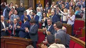 La republica catalana ha muerto con poco más de cuatro horas de vida,