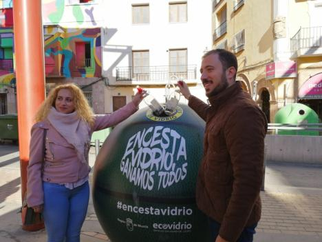 """Lorca quiere ser el municipio ganador de la campaña regional """"Encesta vidrio, ganamos todos"""" de Ecovidrio que fomenta el reciclaje a través del deporte"""