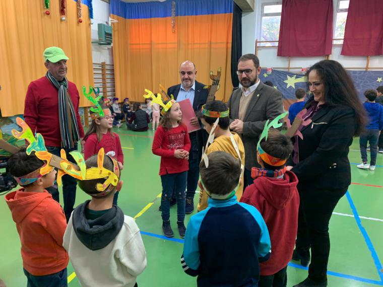 """Unos 70 niños están participando durante estas semanas en la """"Escuela de Navidad para Conciliar y Coeducar"""" puesta en marcha por el Ayuntamiento de Lorca"""