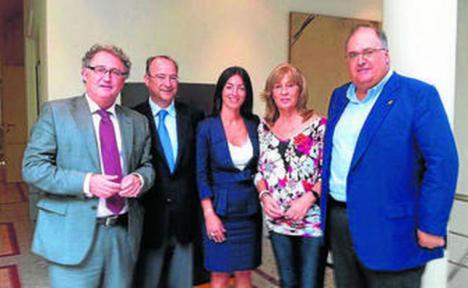 El ex-alcalde del PP, Jesús Caicedo que dejó al municipio de Cuevas del Almanzora en la bancarrota es el nuevo presidente de la autoridad portuaria de Almería